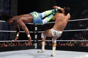 Tiene 37 años Foto:WWE. Imagen Por: