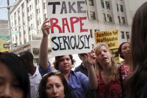 Muchas de ellas fueron apuñaladas, matadas a disparos o degolladas, según la organización. Foto:Getty. Imagen Por: