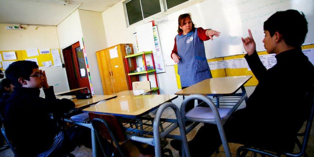 ¿Peligran las clases de religión? Ateos piden que colegios públicos dejen de impartirlas