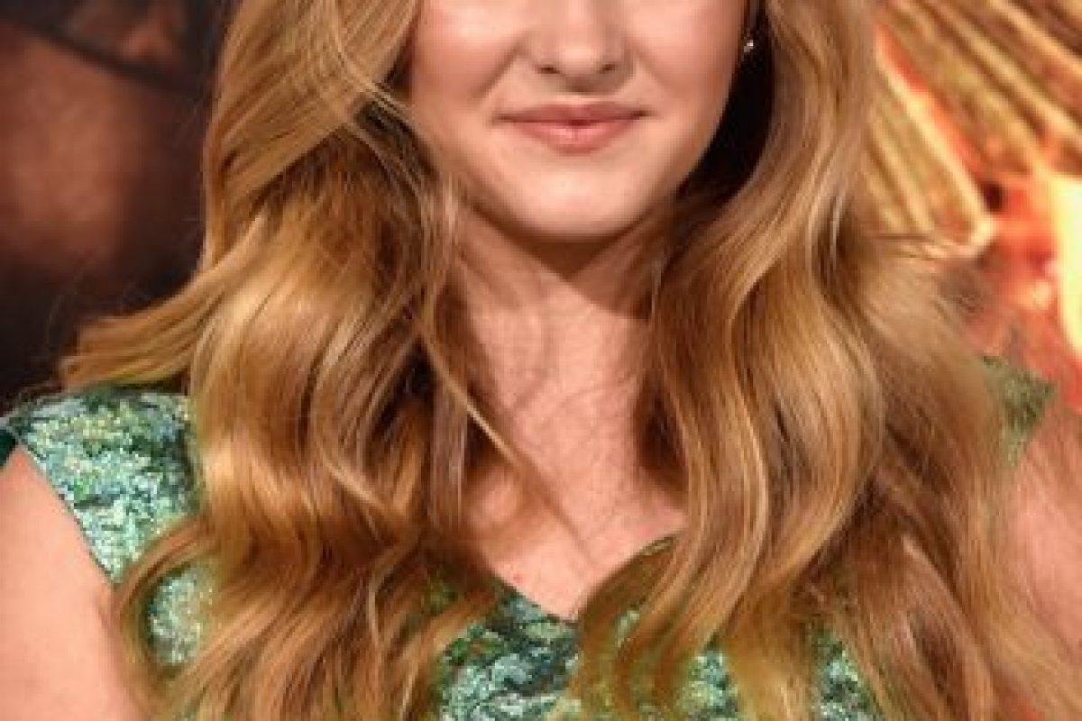 """En una entrevista con E! News mencionó: """"Ella es tan normal y divertida, ella siempre ha sido como una hermana para mí gracias a esto (Los Juegos del Hambre). Foto:Getty Images. Imagen Por:"""
