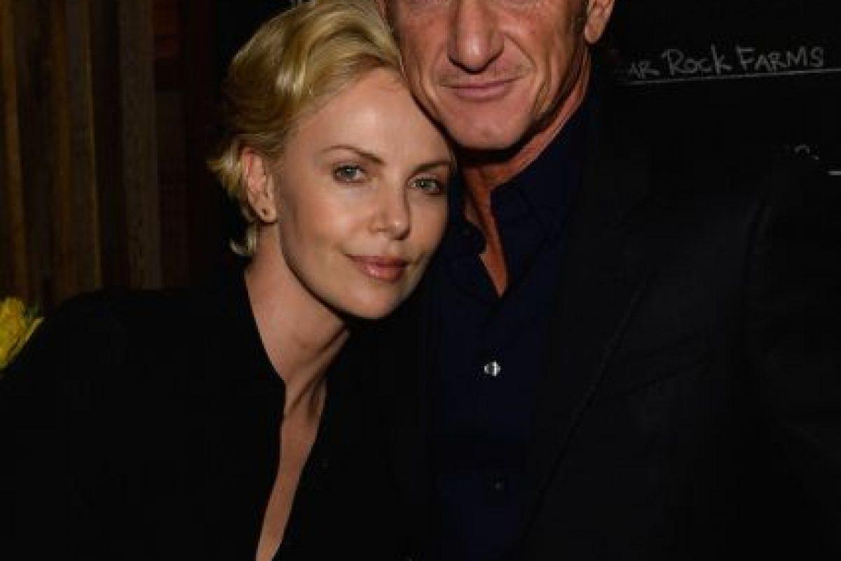 El famoso actor ató a su ex esposa, Madonna, en una silla, y después la golpeó durante varias horas. Ella no presentó cargos. Foto:Getty. Imagen Por: