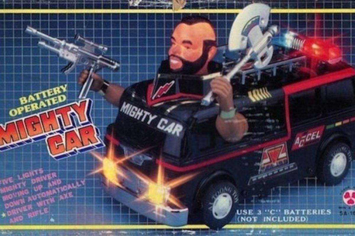 """¿Para qué el resto de """"Los Cuatro Fantásticos"""" si con este el auto ya está bien? Foto:Tumblr/Bootleg Toys. Imagen Por:"""