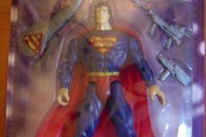 Superman tiene otro nombre. Foto:Tumblr/Bootleg Toys. Imagen Por:
