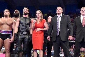 Cuando parecía que La Autoridad había mermado a Cena, el rapero consiguió un equipo fuerte para Survivor Series Foto:WWE. Imagen Por: