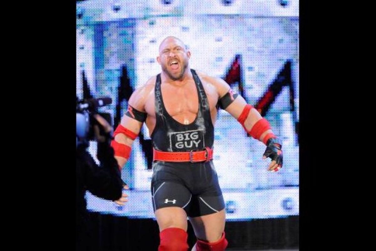 Ryback dejó a La Autoridad para irse al lado de Cena Foto:WWE. Imagen Por: