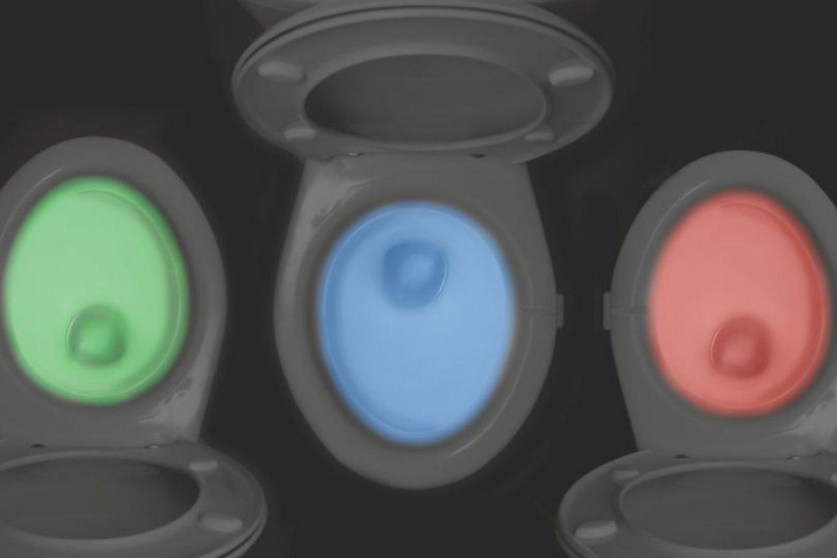 El inodoro de colores, una gran innovación. Foto:Matt Alexander. Imagen Por: