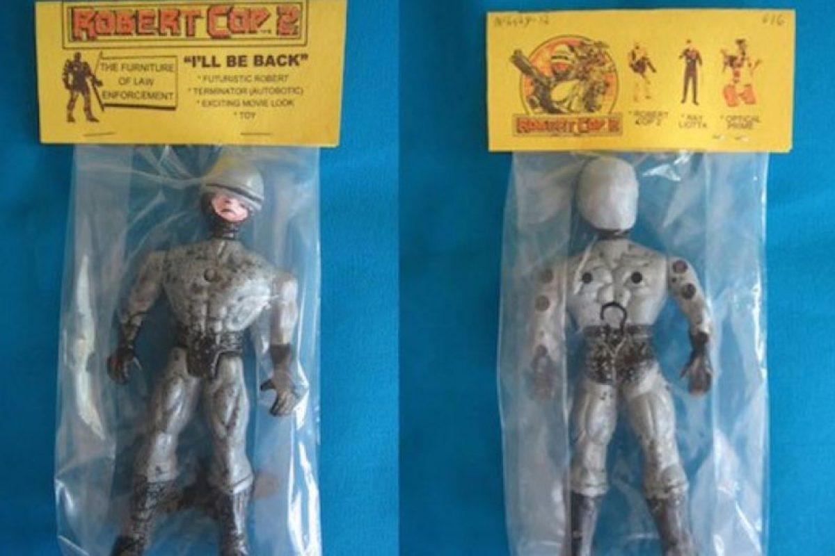 Roberto Cop. Foto:Tumblr/Bootleg Toys. Imagen Por: