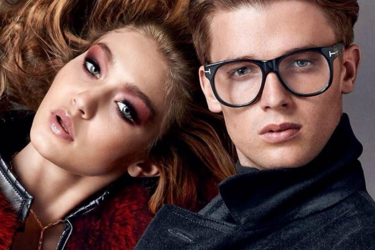 Ha posado para Tom Ford en la campaña de gafas de 2014, junto a Gigi Hadid Foto:Facebook Patrick Schwarzenegger. Imagen Por: