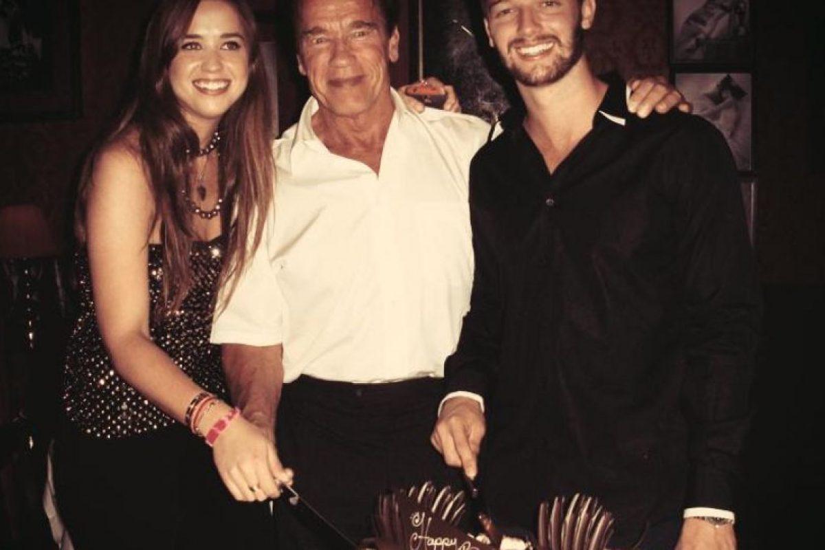 Le gusta estar en familia Foto:Facebook Patrick Schwarzenegger. Imagen Por: