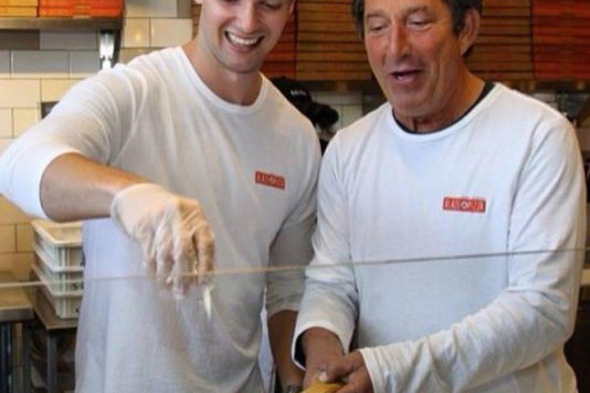 """Es dueño de un restaurante de pizzas, en Los Ángeles, llamado """"Blaze pizza"""" Foto:Facebook Patrick Schwarzenegger. Imagen Por:"""