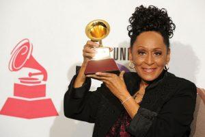 Omara Portuondo es la ganadora con más edad Foto:Getty Images. Imagen Por: