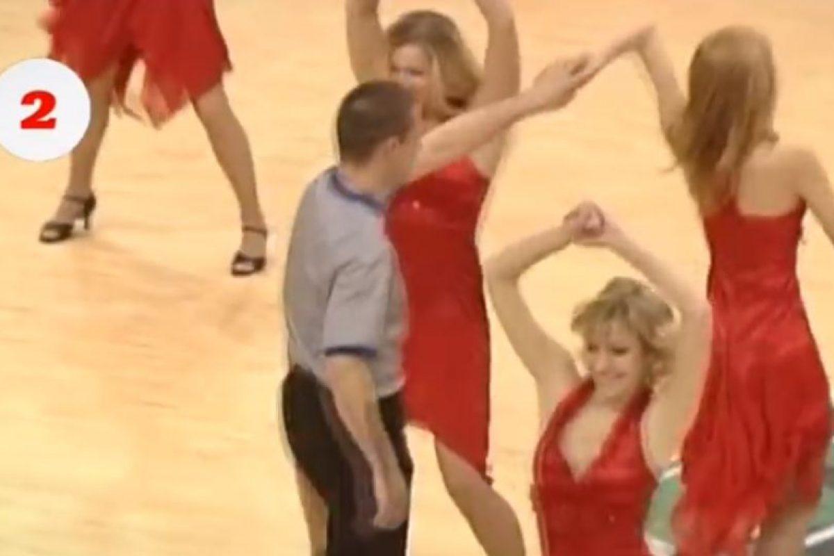 Las llamadas Red Foxes robaron cámara en el Mundial de Baloncesto de 2014 Foto:Youtube: RedFoxesTV. Imagen Por: