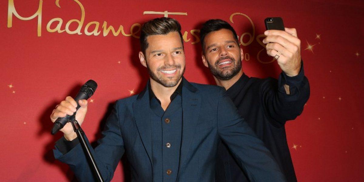 Ricky Martin conoce a su doble en el Museo Madame Tussauds