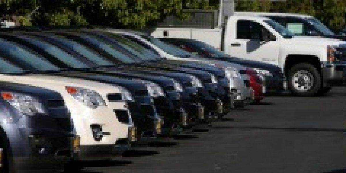 Venta de automóviles nuevos cae en Chile por fuerte depreciación del peso