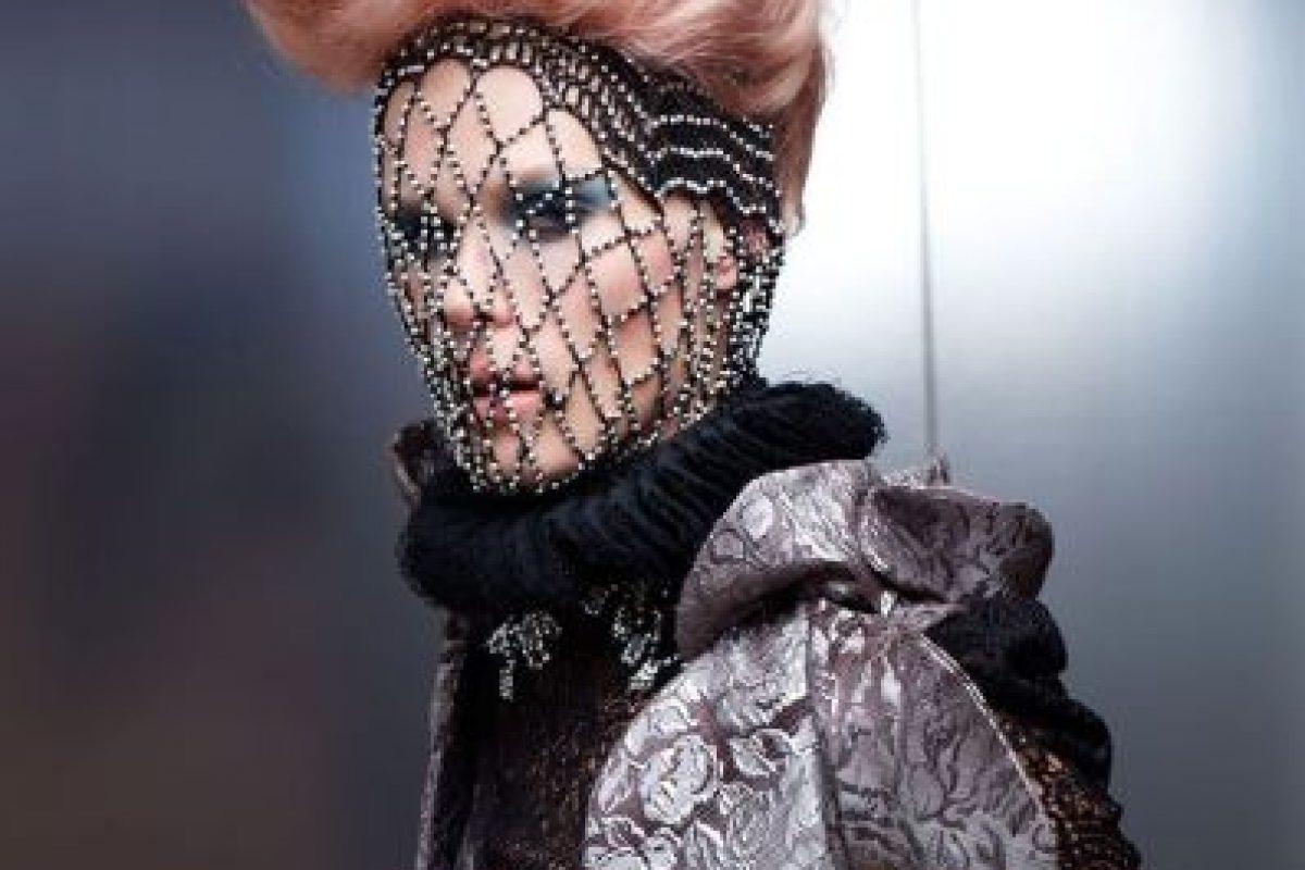Se llama Capitol Couture y es una revista de moda que en nada le envidia en contenidos a Elle o Vogue. Foto:Capitol Couture. Imagen Por: