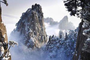 Las hermosas montañas voladoras están inspiradas en las montañas Huangshan, de China Foto:Wikipedia. Imagen Por: