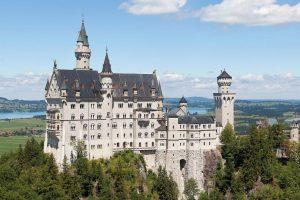 "Neuschwanstein significa ""Nuevo cisne de piedra"" Foto:Wikipedia. Imagen Por:"