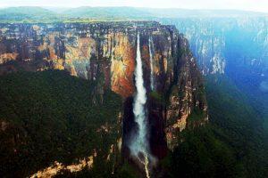 Están inspiradas en Salto Ángel, una de las mayores atracciones turísticas de Venezuela Foto: Wikipedia. Imagen Por: