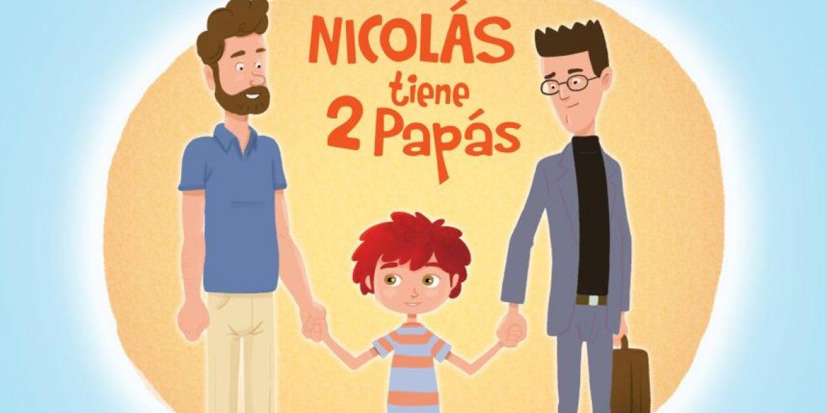 Finis Terrae rechaza dichos de profesor que comparó familias homoparentales con