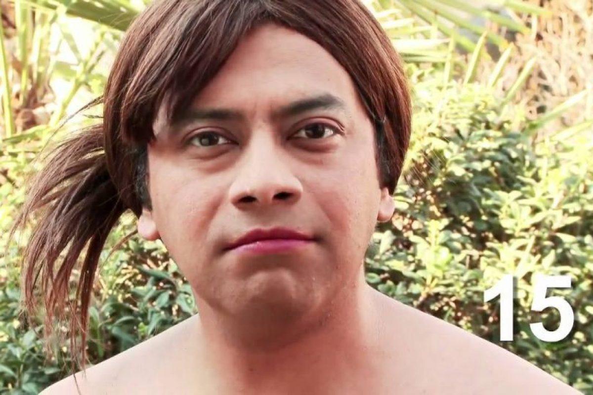 """Y también de una imitación, por parte del integrante de """"El Club de la Comedia"""" Pedro Ruminot. Foto:Youtube. Imagen Por:"""