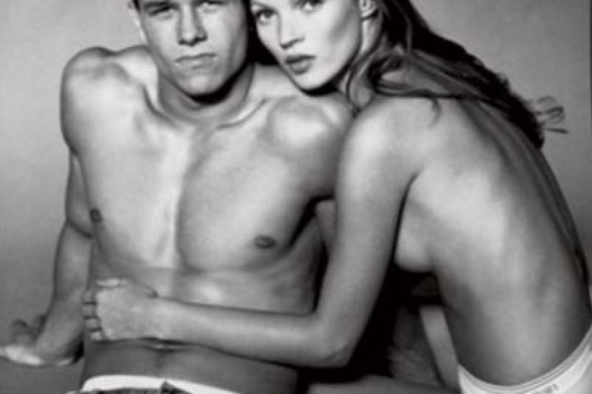 Modeló junto a Mark Wahlberg Foto:Calvin Klein. Imagen Por: