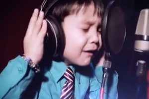 Canta como un profesional Foto:YouTube J'en Ai Marre. Imagen Por: