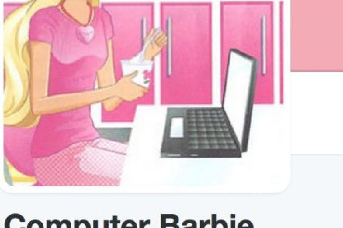 A Mattel le tocó disculparse, afirmando que esto no refleja los valores de la marca Foto:Twitter/ComputerBarbie. Imagen Por: