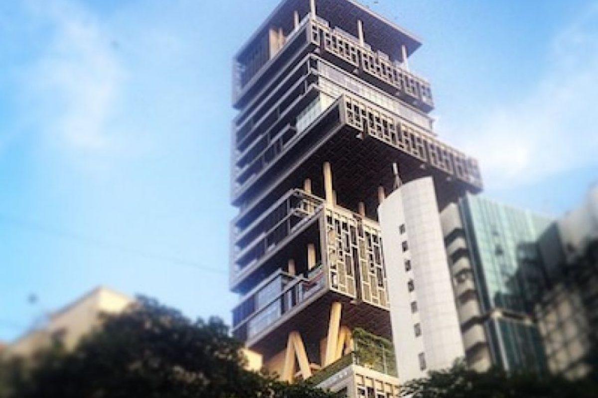Mil millones de dólares cuesta este lujoso y exclusivo sitio, ubicado en Bombay, India. Foto:Instagram. Imagen Por: