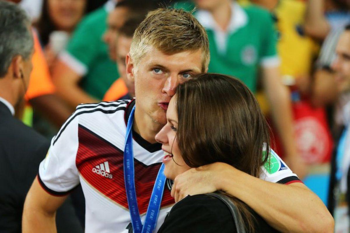 Toni Kroos y Jessica Farber. Foto:Getty Images. Imagen Por: