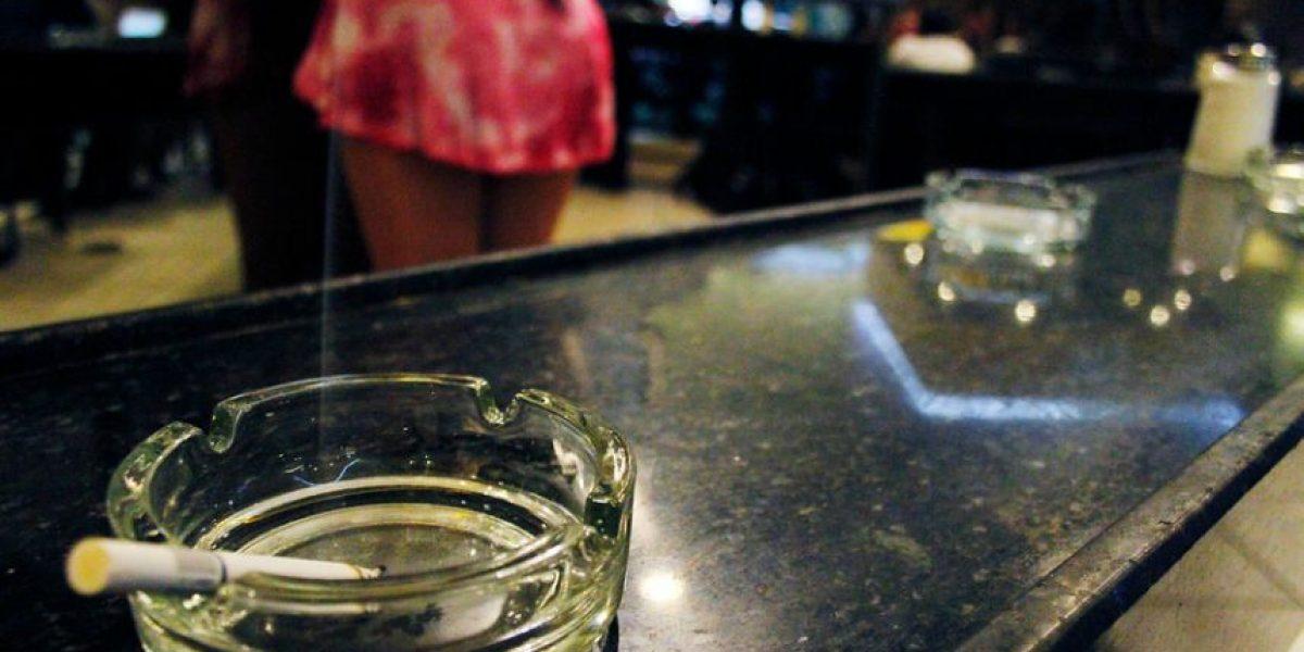 ¿El fin de los café con piernas? Municipalidad de Satiago ha clausurado 27 durante este año