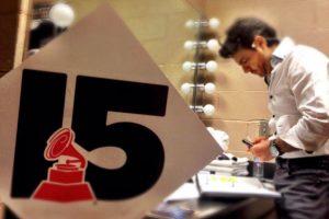 Eugenio Derbez en sus ensayos para los Grammy Foto:Twitter /Eugenio Derbez. Imagen Por: