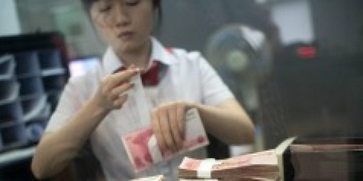 Banco Central chino baja tasas de interés para impulsar economía del gigante asiático