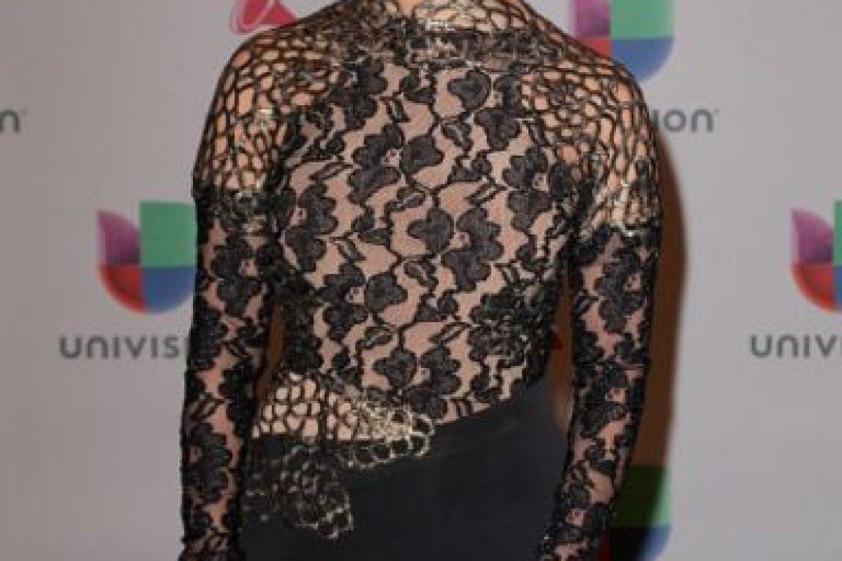La presentadora Rosci Díaz, de negro y encaje Foto:Getty Images. Imagen Por:
