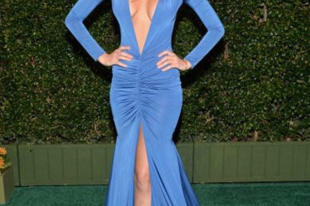 Patricia Zavala, de azul cobalto y mostrando todos sus atributos Foto:Getty Images. Imagen Por: