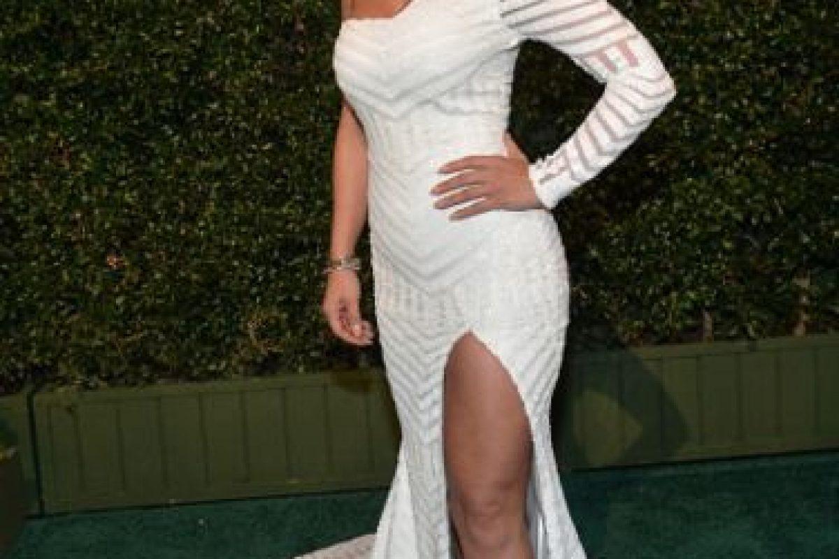 Jackie Guerrido, arriesgada con el blanco y mostrando sus curvas. Foto:Getty Images. Imagen Por:
