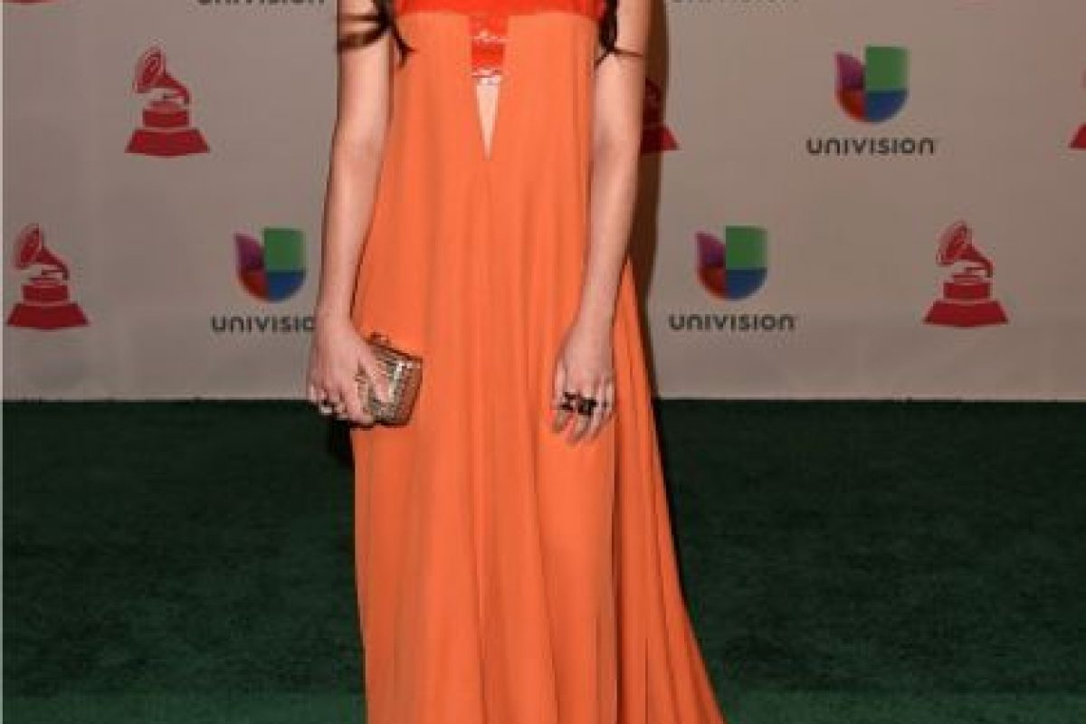 Mariana Vega, de naranja. No llega a convencer del todo la parte de arriba. Foto:Getty Images. Imagen Por: