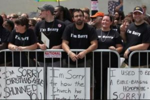 Cristianos disculpándose por su homofobia Foto:Tumblr. Imagen Por:
