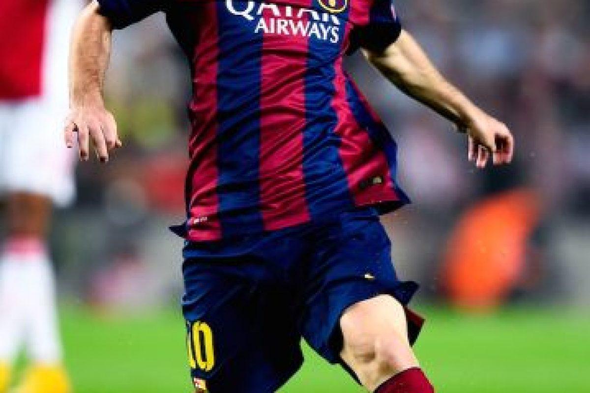 Jugador más joven que consigue tres Balones de Oro: el 9 de enero de 2012 ganó el tercero con 24 años, 6 meses y 17 días. Foto:Getty Images. Imagen Por: