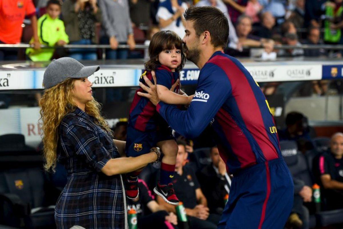 """Shakira escribió su primer poema, titulado """"La Rosa de Cristal"""", cuando sólo tenía cuatro años de edad Foto:Getty Images. Imagen Por:"""