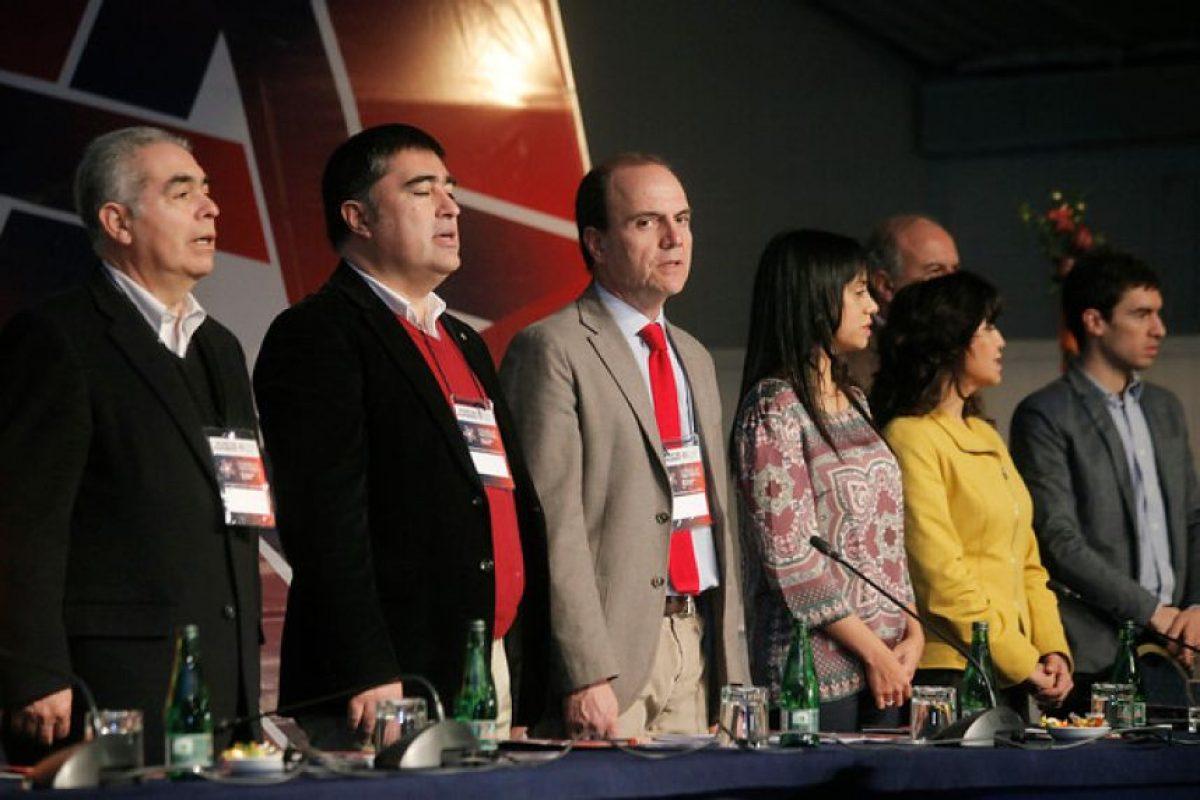La directiva de Renovación Nacional en el Consejo Doctrinario del partido, realizado este fin de semana en Pucón. Foto:Agencia UNO. Imagen Por: