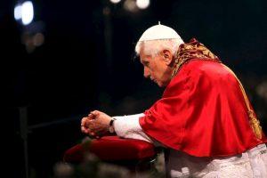 También durante su pontificado, Benedicto XVI realizó el Viacrucis en el monumento Foto:Getty Images. Imagen Por: