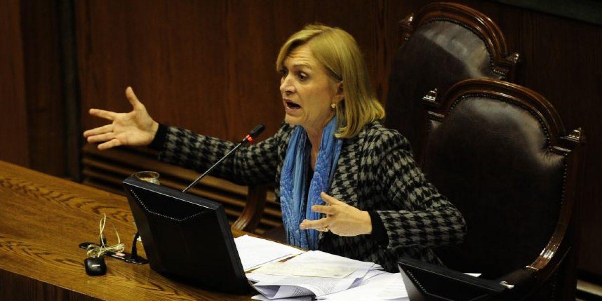 Matthei quiere retornar a la política y acusa que Bachelet