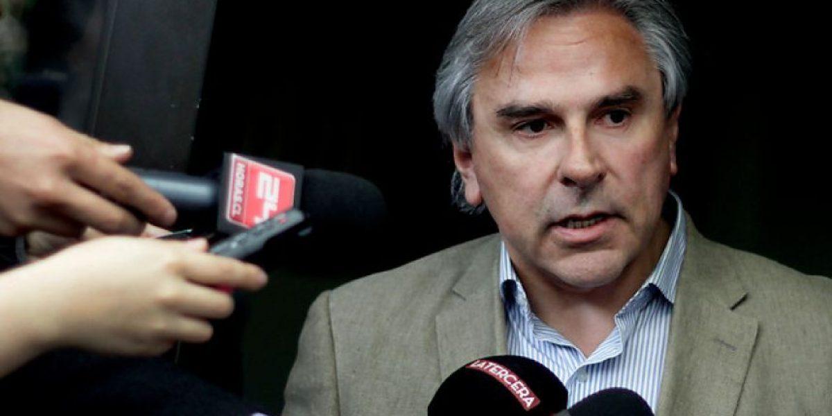 Senador Moreira denuncia despilfarro en reinauguración de Hospital de Puerto Montt