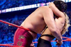 El Gran Khali y Beth Phoenix Foto:WWE. Imagen Por: