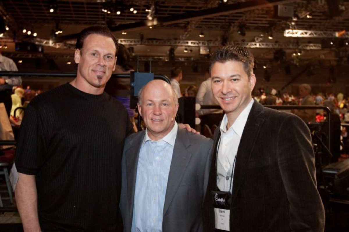 Sting (izquierda) sin maquillaje Foto:WWE. Imagen Por: