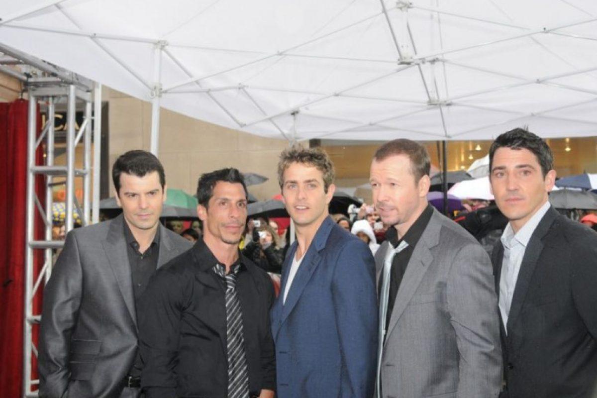 Se reunieron en 2008 y tomaron un nuevo estilo Foto:nkotb.com. Imagen Por: