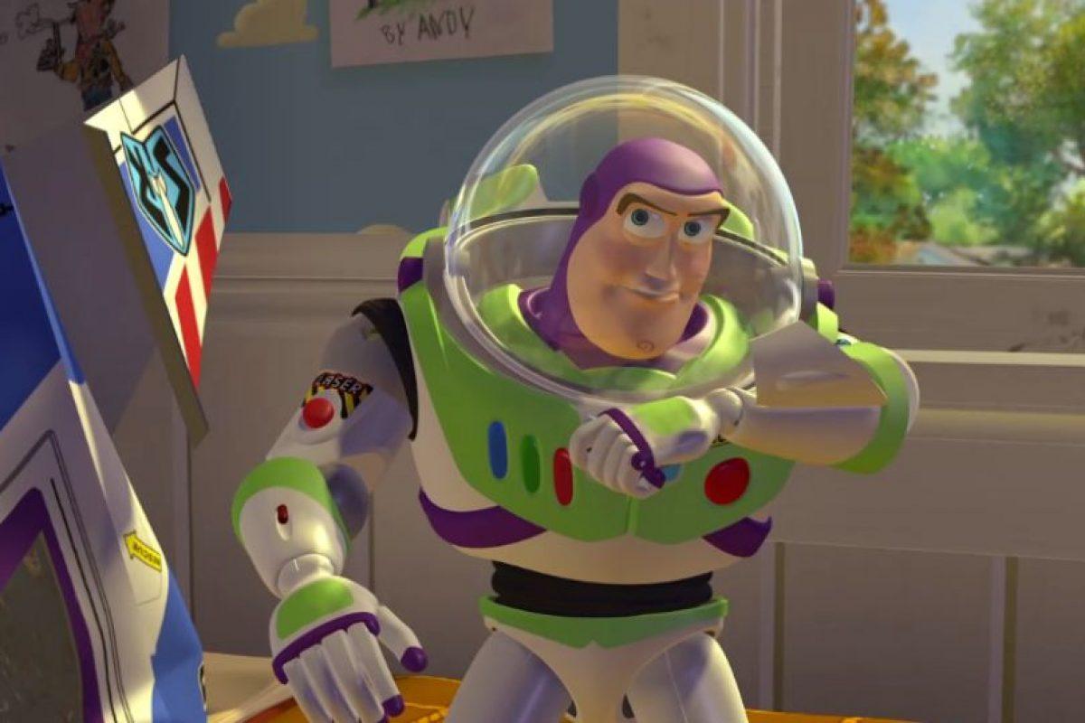 """1.- El primer nombre que se pensó para Buzz Lightyear fue """"Lunar Larry"""" Foto:Facebook/Toy Story. Imagen Por:"""