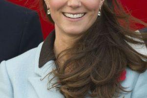 9. El príncipe es hijo de la fallecida princesa Diana de Gales y del príncipe Carlos de Gales. Foto:Getty. Imagen Por: