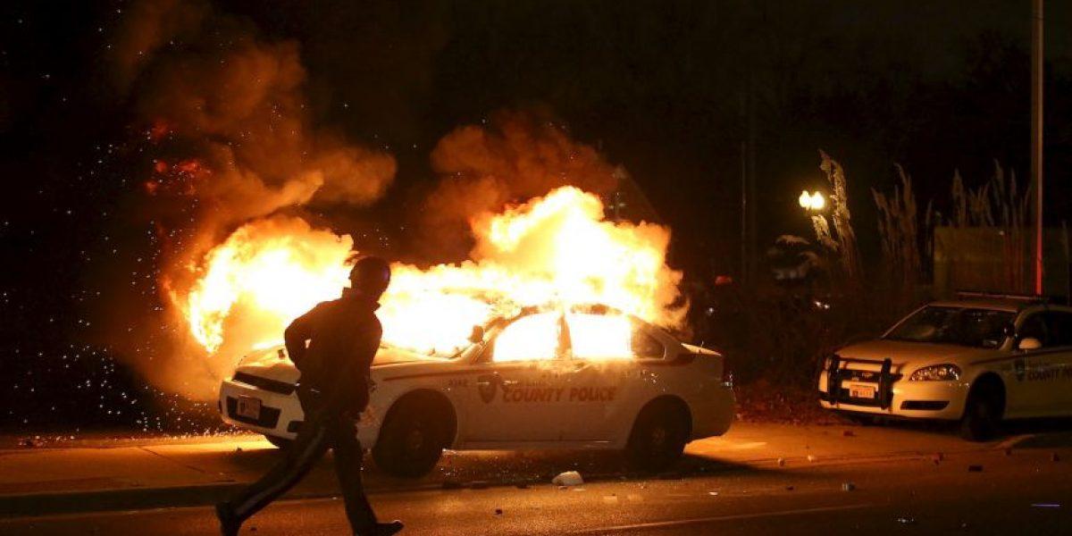 FOTOS: Disturbios en Ferguson tras decisión de gran jurado en caso de Michael Brown