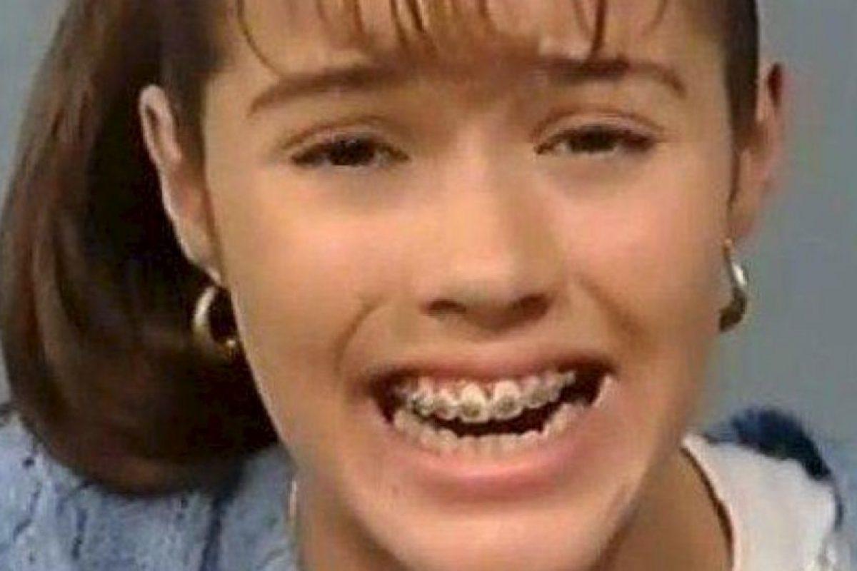La novela fue protagonizada por Thalía y ella era novia de Nandito, personaje que interpretó Osvaldo Benavides Foto:YouTube. Imagen Por:
